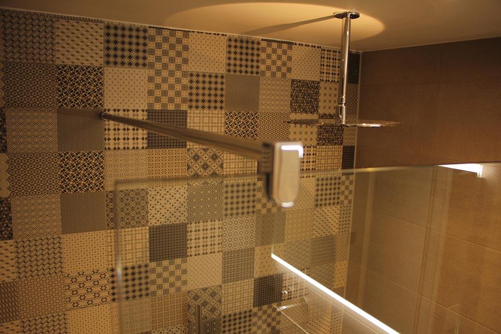 Badkamer Van Mozaiek : Mozaiek in badkamer beautiful bijlagen glijbaan jpg with mozaiek